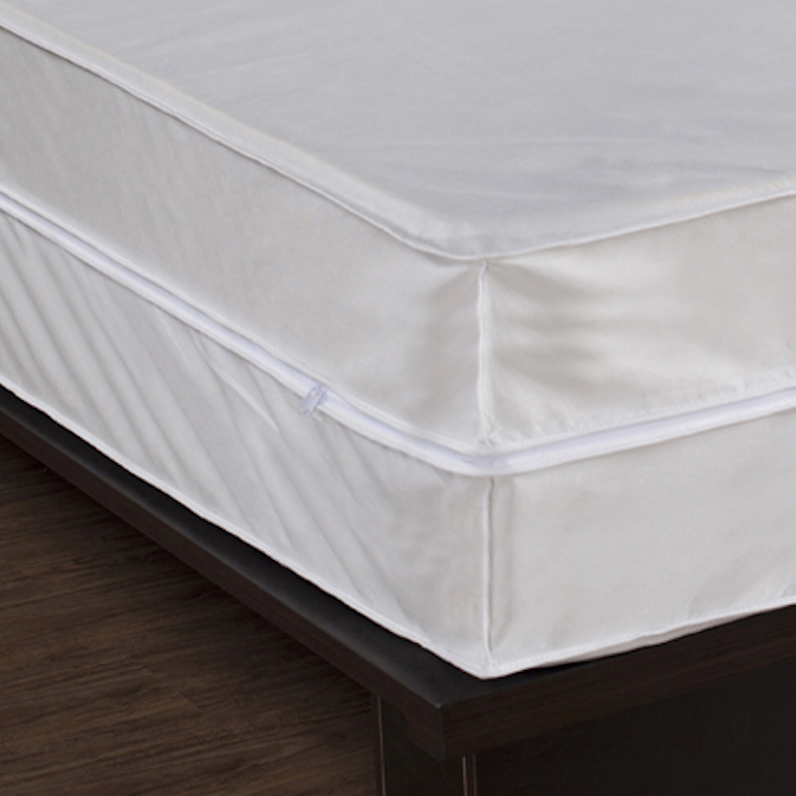 Bed Bug and Dust Mite Control Hypoallergenic Waterproof Box Spring Cover