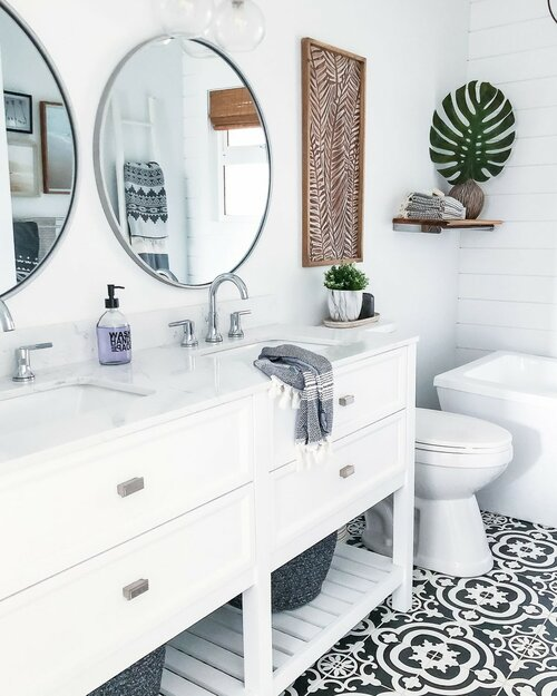 90 Coastal Bathroom Design Ideas
