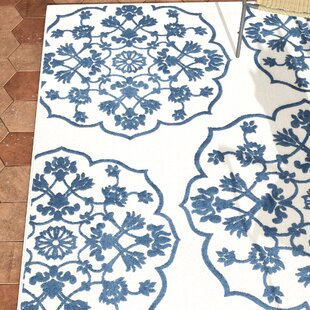 Centers Cream/Blue Indoor/Outdoor Area Rug