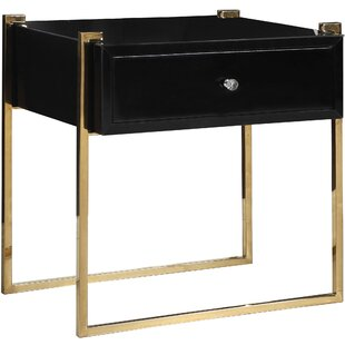 Best Reviews Shi Side Table by Everly Quinn