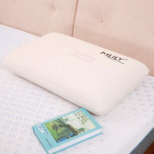 Soft And Balance Memory Foam Standard Pillow by Mlily Canada Inc.