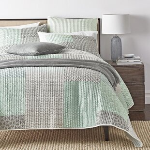 Exceptional Jerrica Contemporary Geometric Textured Patchwork Quilted Coverlet Bedspread  Set