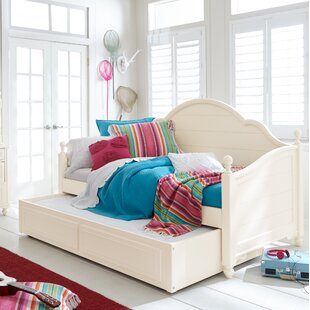 Summerset Paneled Daybed with Trundle