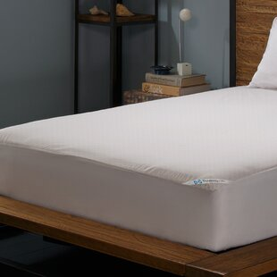 Posturepedic Allergy Zippered Hypoallergenic Waterproof Mattress Protector