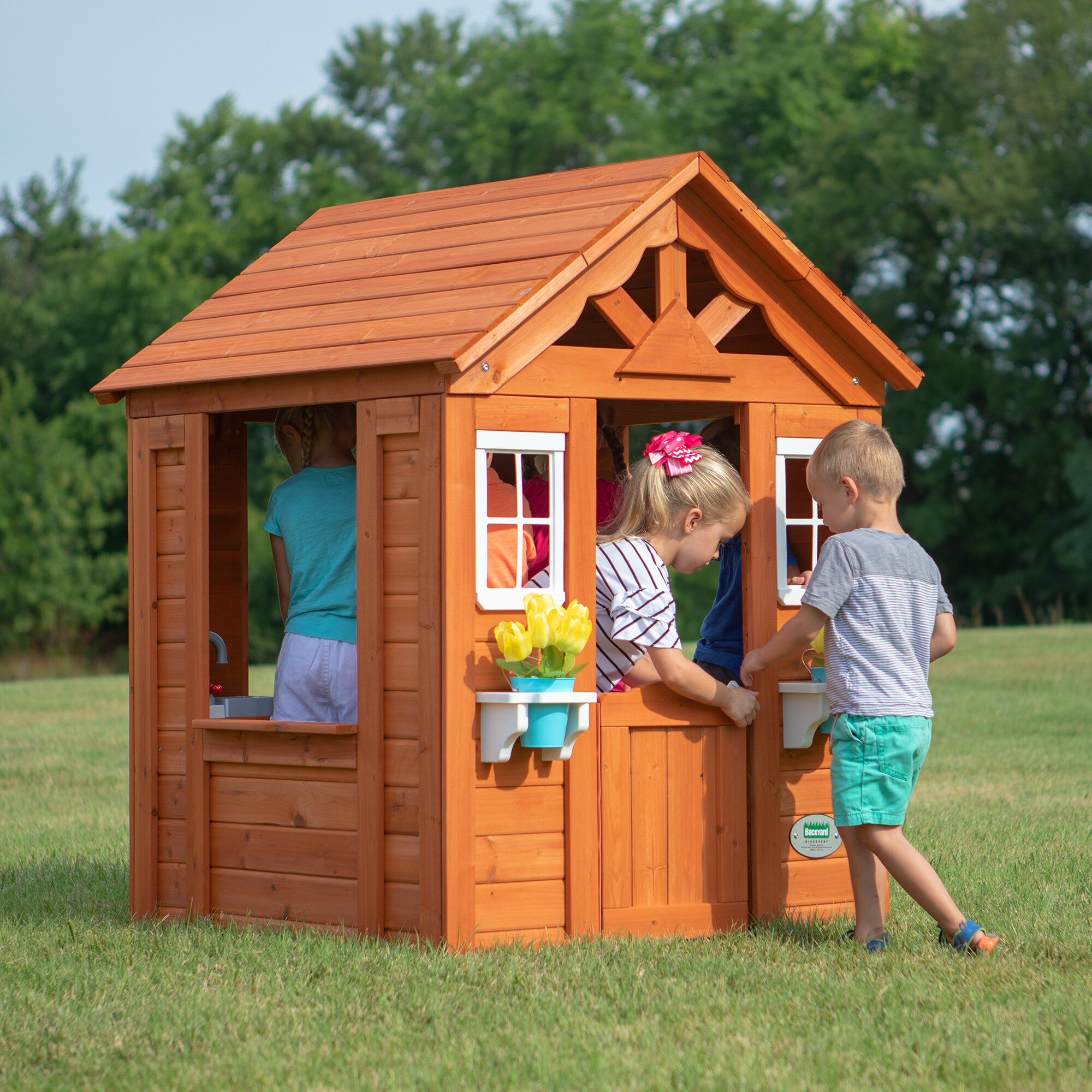 Backyard Discovery Timberlake 35 X 383 Playhouse Reviews Wayfair