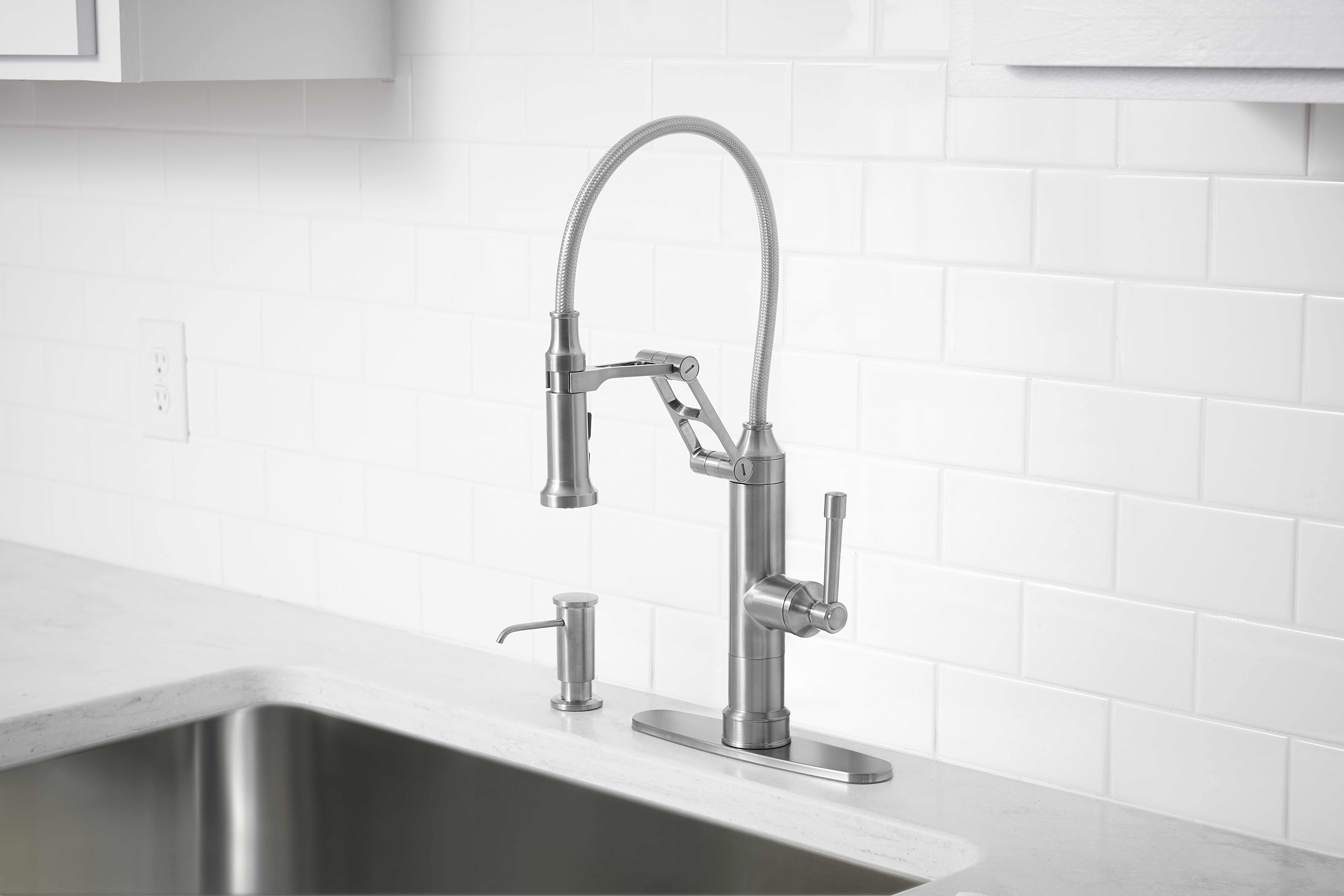 Strattura Pull Down Single Handle Kitchen Faucet with Soap Dispenser