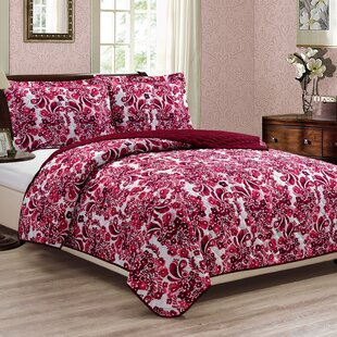 Nourse 3 Piece Reversible Quilt Set