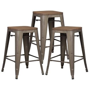 Alyssa Traditional 24 Bar Stool (Set of 3)