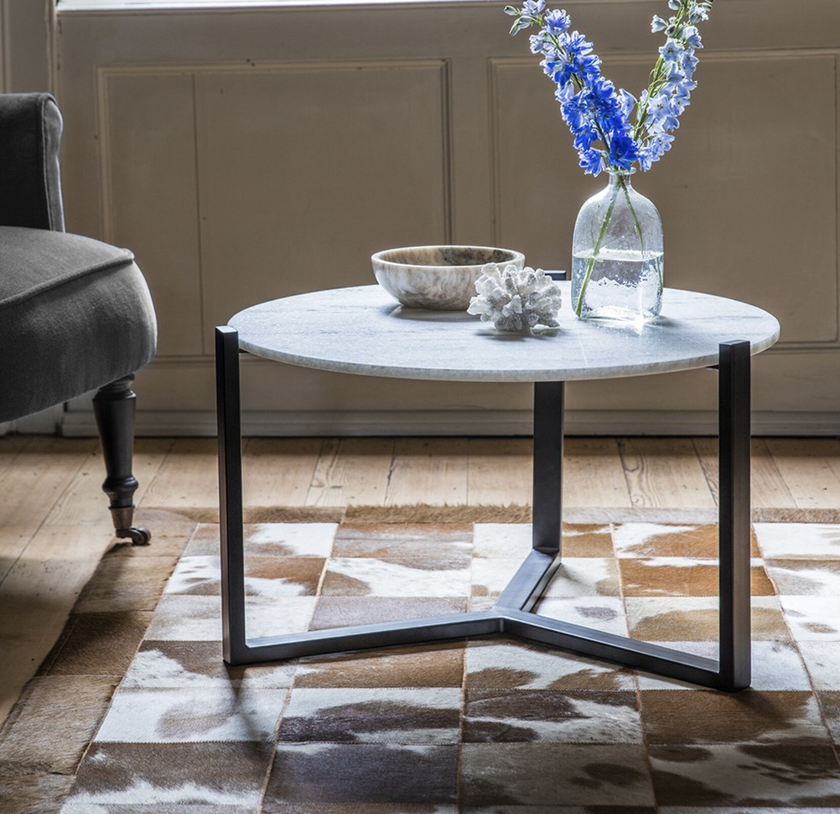 Everly Quinn Shiflett Coffee Table