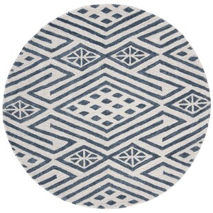 Rosella Hand-Tufted Wool/Cotton Navy/Ivory Area Rug by Wrought Studio