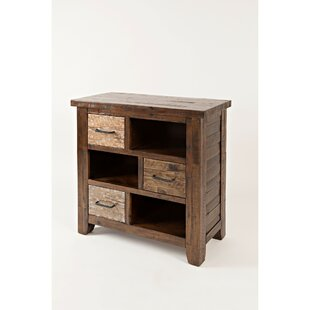 Yazzie 3 Drawer Accent Chest by Loon Peak