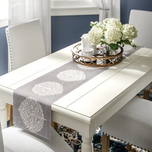 Liana Table Runner