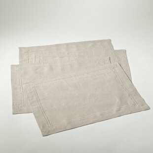 Kaitlyn Embroidered Design Linen Placemat (Set of 4)