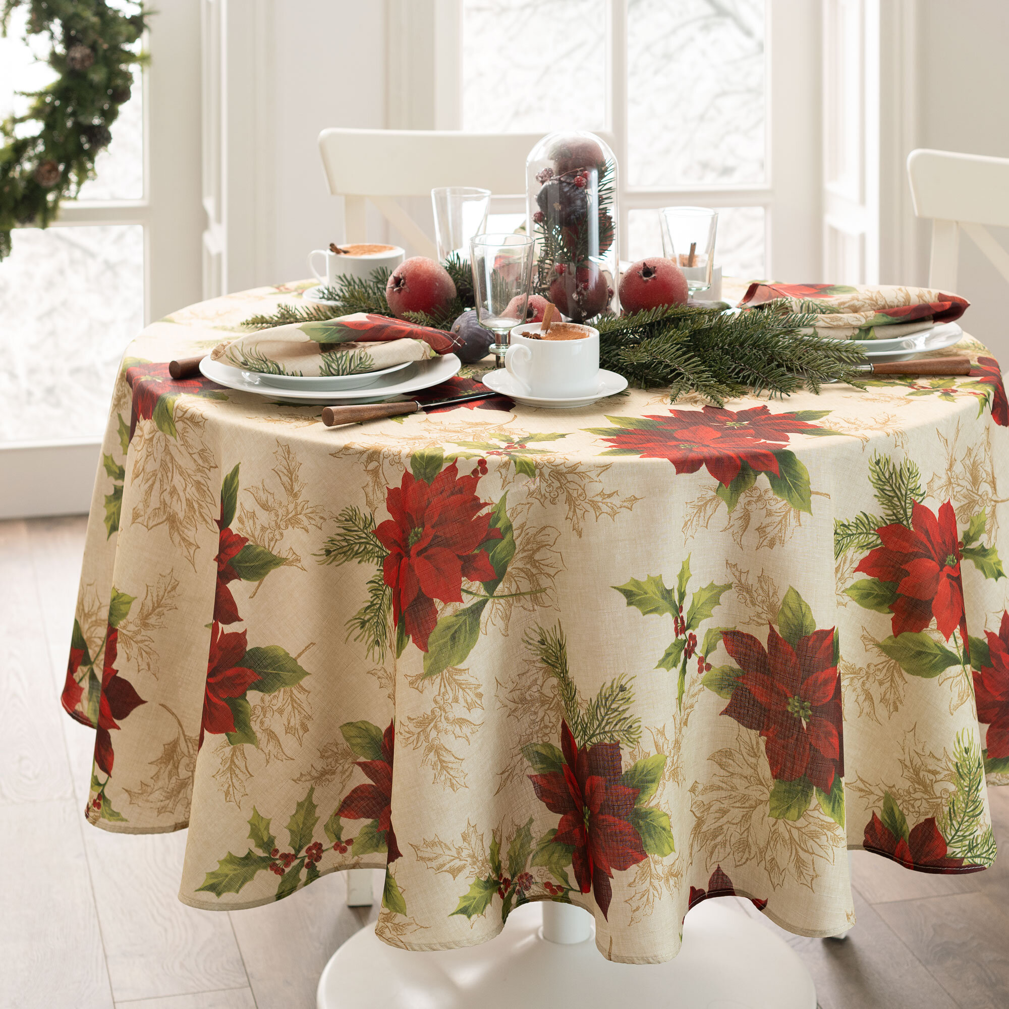 Round The Holiday Aisle Christmas Tablecloths Table Runners You Ll Love In 2021 Wayfair