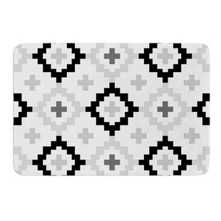 Moroccan by Pellerina Design Bath Rug