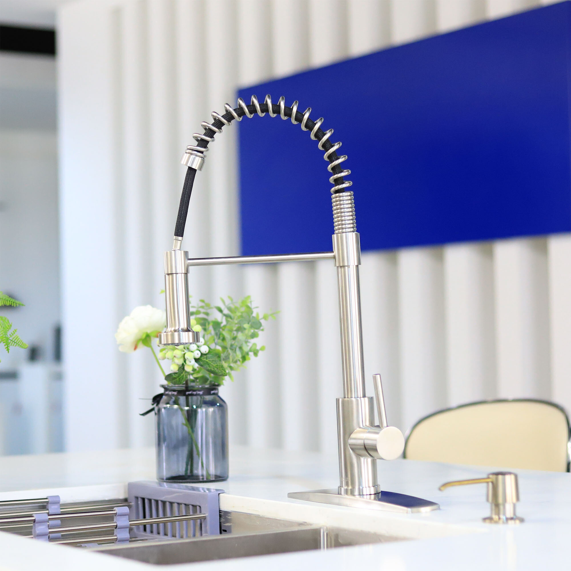 forious kitchen faucet gold