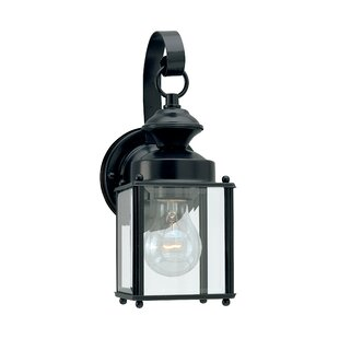 Hilliard 1-Light Outdoor Wall Lantern