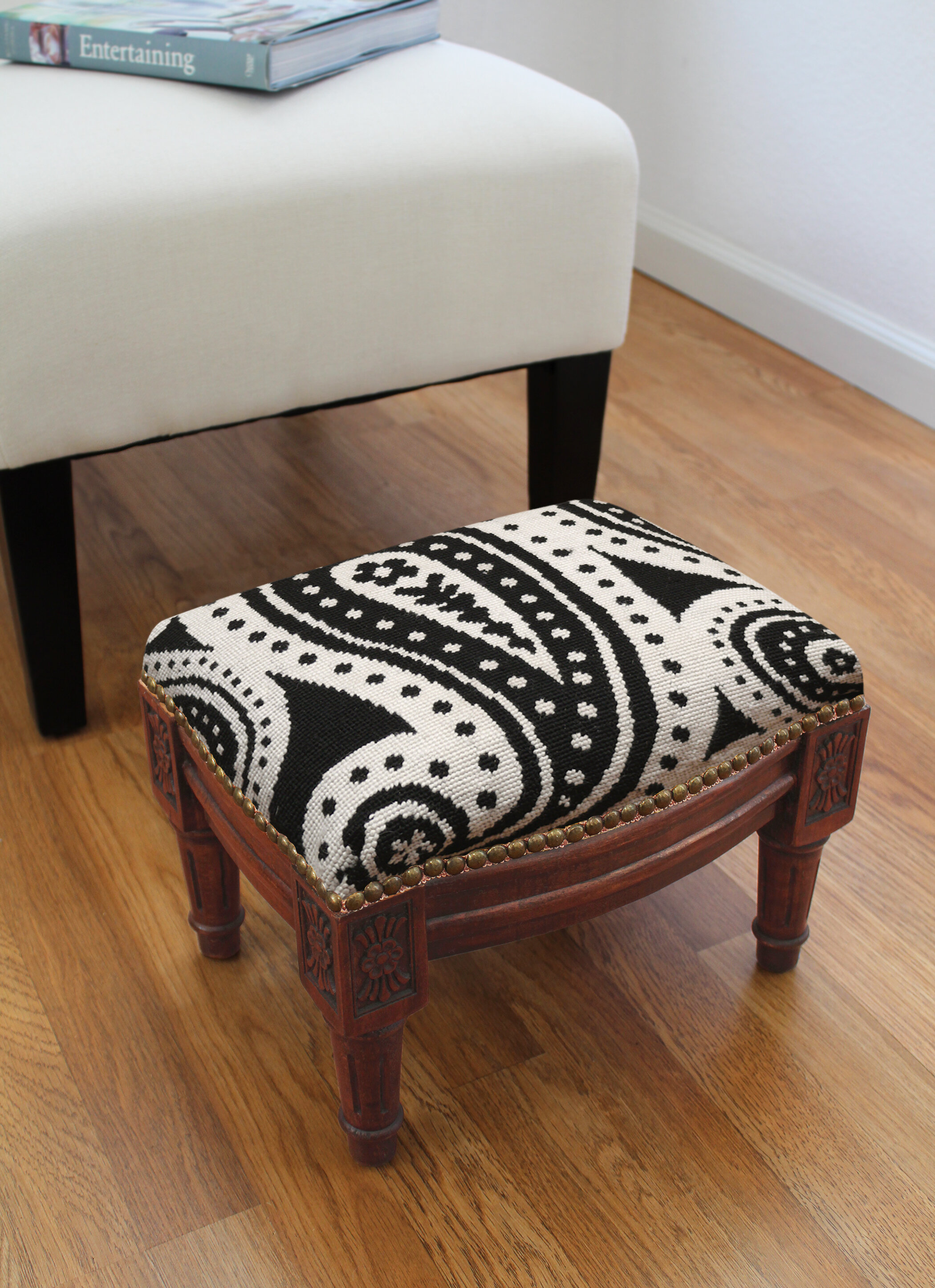 123 Creations Paisley Wool Needlepoint Upholstered Accent Stool Reviews Wayfair