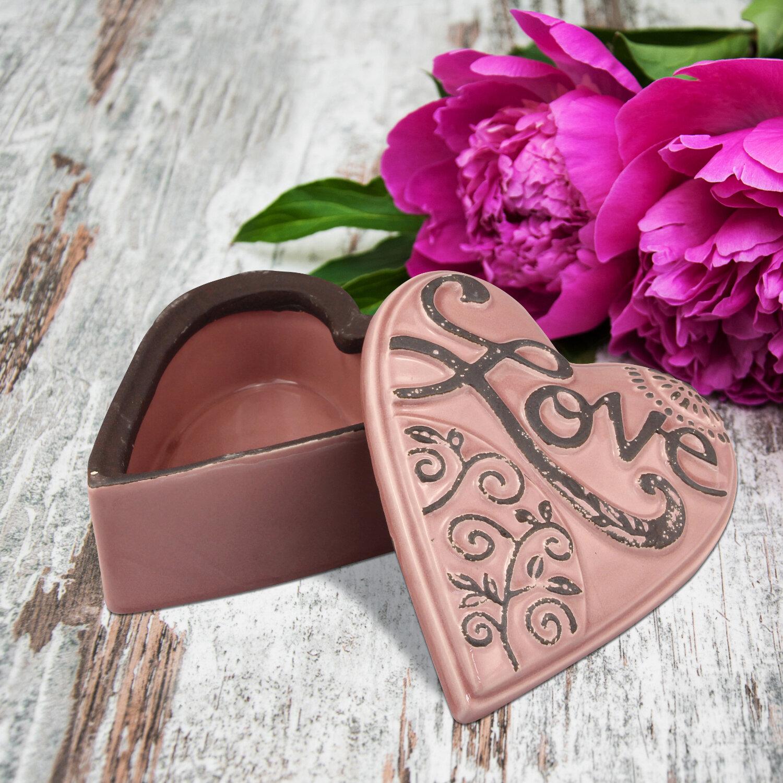 Fleur De Lis Living Coulson Ceramic Heart Shaped Love Decorative Box ...