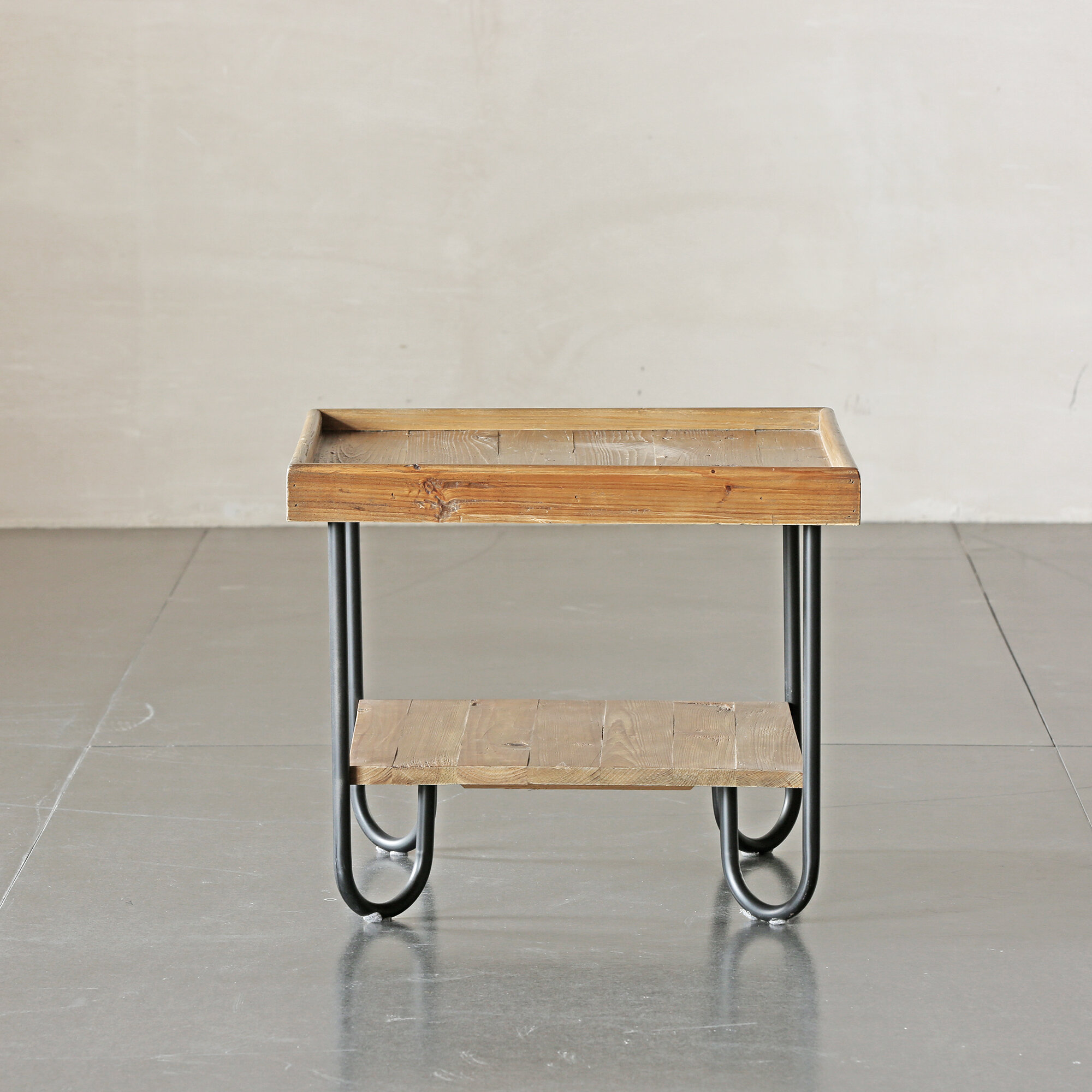 Picture of: Union Rustic Molinaro Solid Wood End Table Wayfair