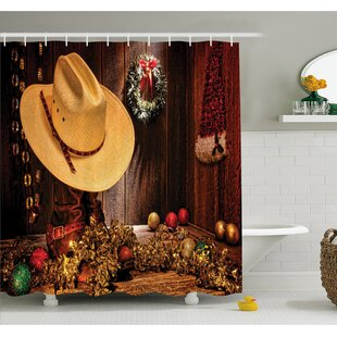 Western Farmhouse with Christmas Decorations with Wreath Americana Style Image Print Shower Curtain Set