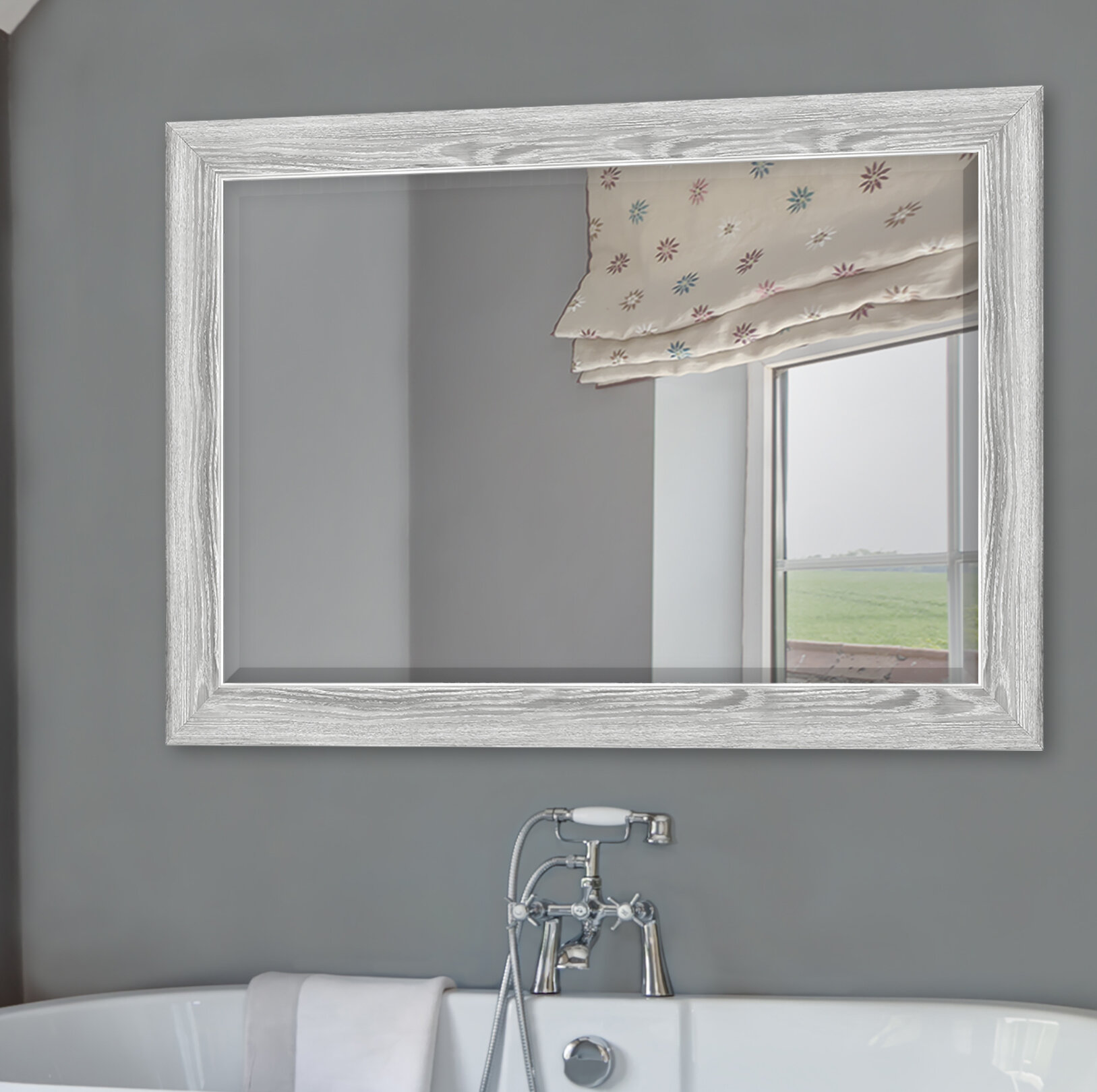 Yeung Curvature Bathroom Vanity Mirror