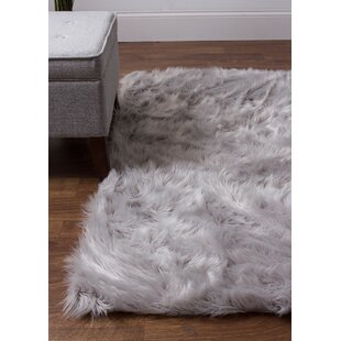 http://appinstallnow.com/nightstands/kitchen-and-dining-room-sets/storage-jars/vases/22-[high-end]~inexpensive-charlotte-hand-woven-faux-sheepskin-gray-area-rug-by-house-of-hampto.xhtml?piid=437285