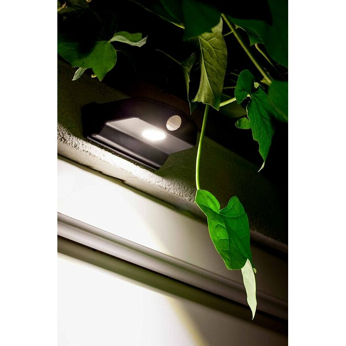 Sylvania Led Battery Operated Outdoor Security Flood Light With Motion Sensor