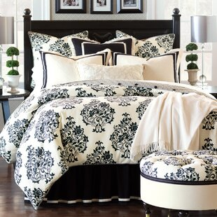 Evelyn Comforter Collection