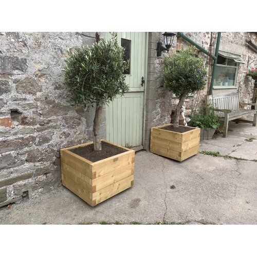 Boligee Wooden Planter Box Freeport Park Size: 45cm H x