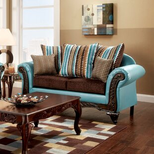 Rovena Loveseat