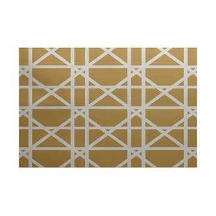 Felles Geometric Print Gold Indoor/Outdoor Area Rug