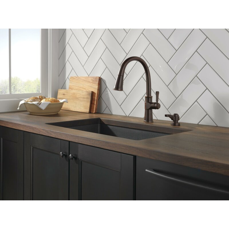 Delta Pull Down Single Handle Kitchen Faucet With Shieldspray Magnatite Docking Technology And Soap Dispenser Reviews Wayfair