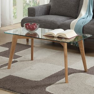 Courtlyn Coffee Table