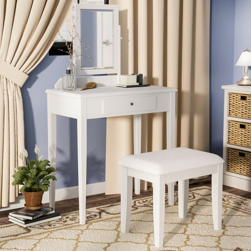 Kiger Vanity Set With Mirror