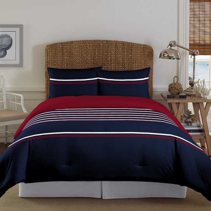 Mineola Reversible Comforter Set