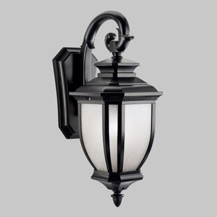 Best Reviews Greenview Traditional Metal 1-Light Outdoor Wall Lantern By Three Posts