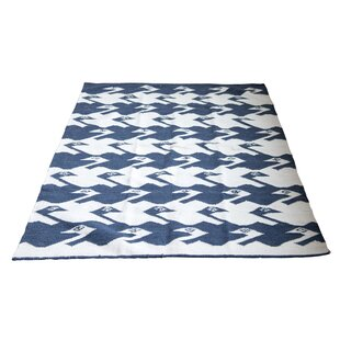 Best Tracie Birds Wool Blue/White Area Rug By Bungalow Rose