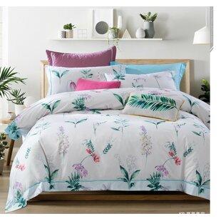 Dunshee Mae Comforter Set