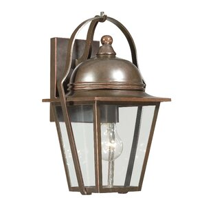Rivendale Court 1-Light Outdoor Wall Lantern By Great Outdoors by Minka Outdoor Lighting