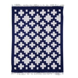 Affordable Price Hand-Loomed Blue/White Accent Rug By Novica