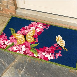 Butterflies and Lilac Hand Hooked Blue/Pink Indoor/Outdoor Area Rug