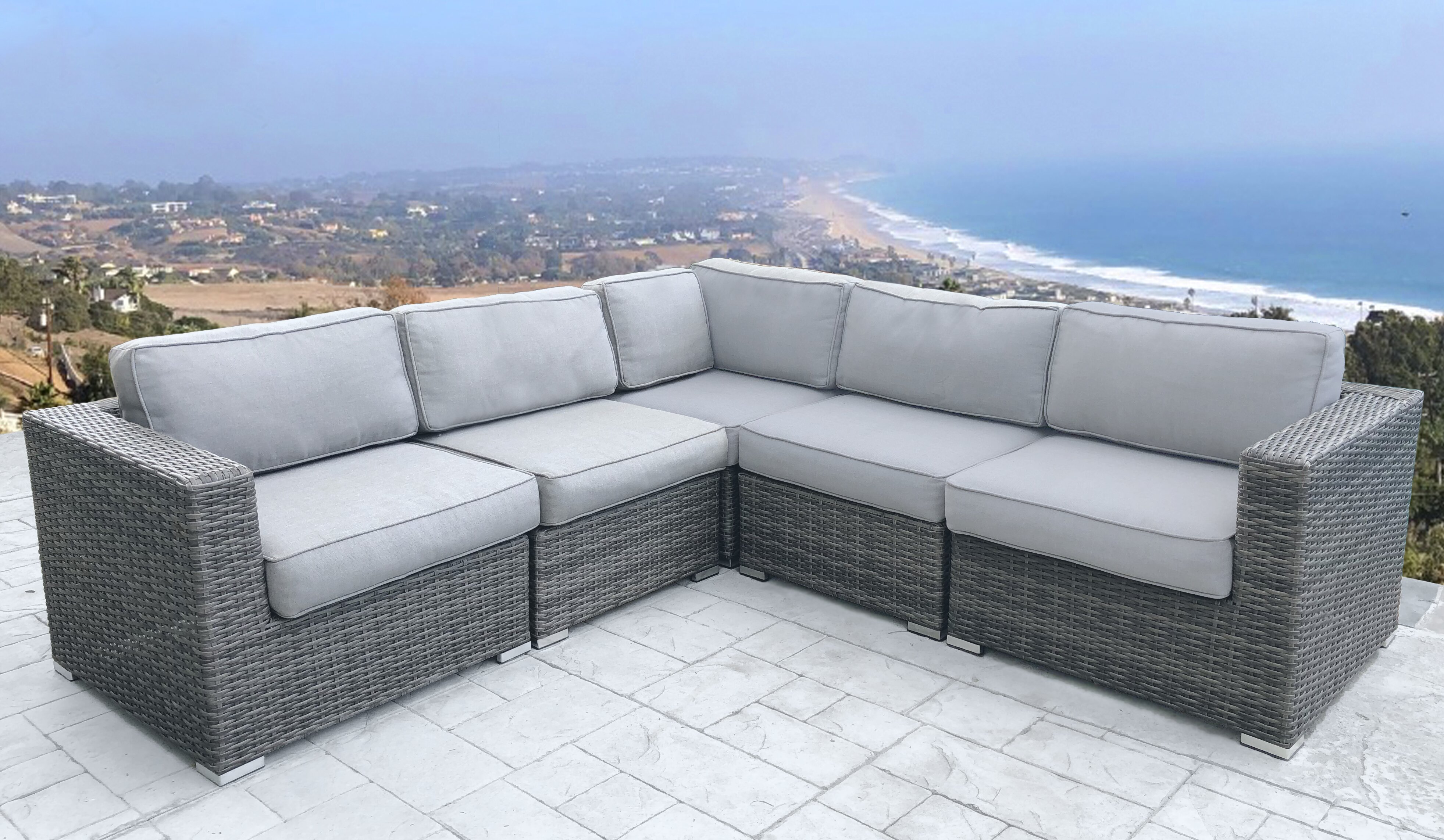 Eldora Patio Sectional With Cushions