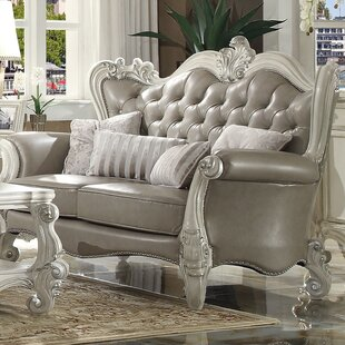 Ricka Loveseat