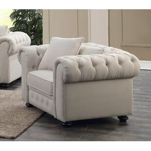 Metzger Chesterfield Chair by House of Hampton