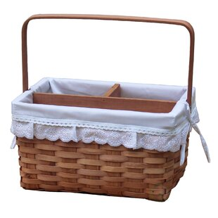 Woodchip Picnic Caddy Basket Lined with Lace Trim
