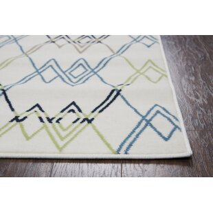 Melva Geometric Indoor/Outdoor Area Rug