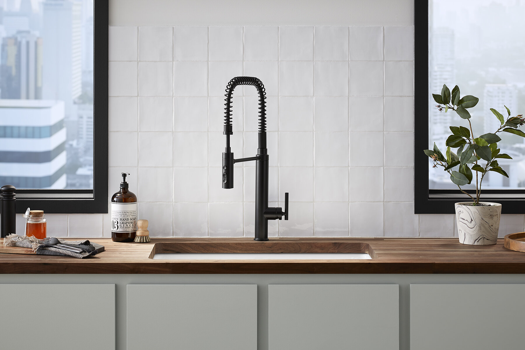 Purist Semiprofessional Kitchen Sink Faucet