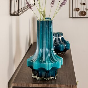 Highsmith Contemporary Faceted Glass Table Vase