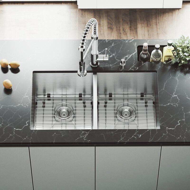vigo suffolk 32 u201d x 19 undermount kitchen sink reviews wayfair rh wayfair com best undermount double bowl kitchen sinks granite undermount kitchen sinks double bowl